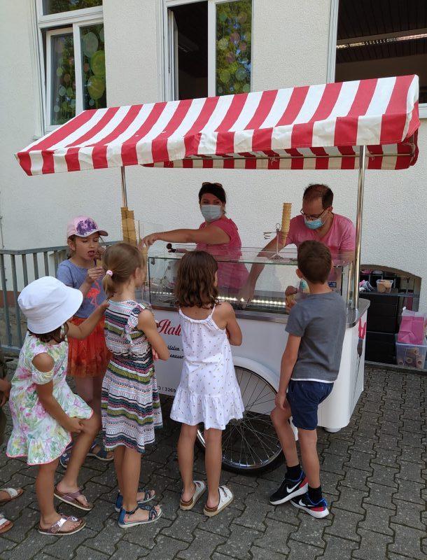 Read more about the article Der Eiswagen war da!
